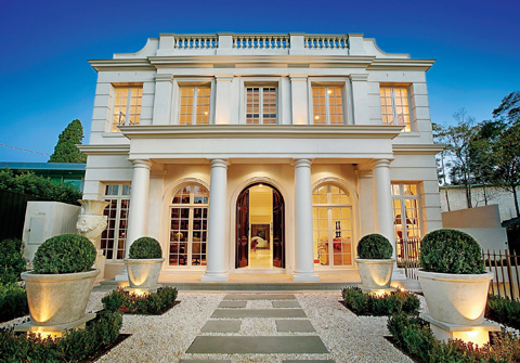 Classical Palladio Luxury Home In Melbourne